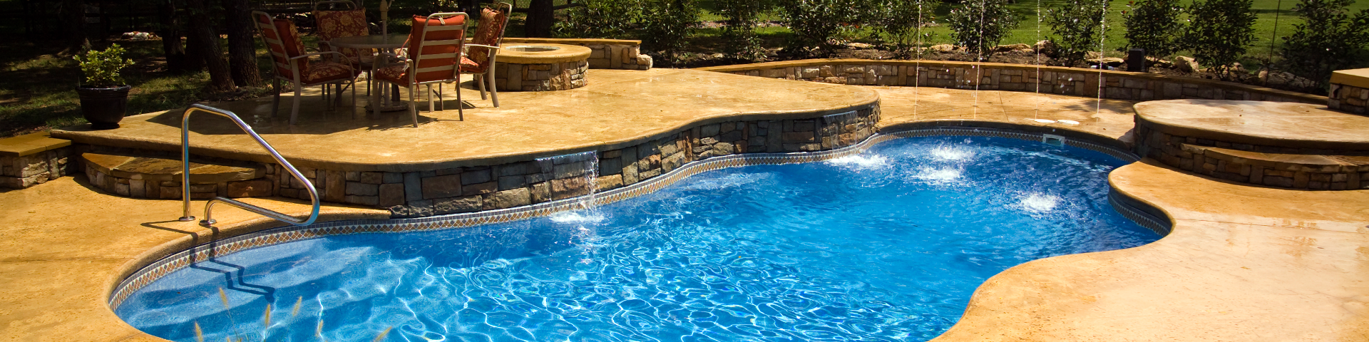 Freeform Fiberglass Pools